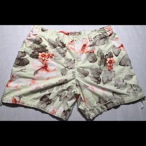 Caribbean Joe Womens Shorts Floral Size 14 B009